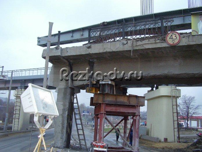 Резка опор мостов и тоннелей